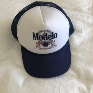 Accessories - Brand new modelo hat